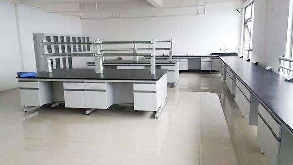 苏州标普检测新建实验室通风柜实验台应用