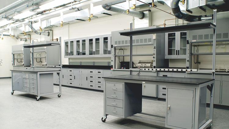 瑞斯达实验室家具的三要素:安全-效率-舒适